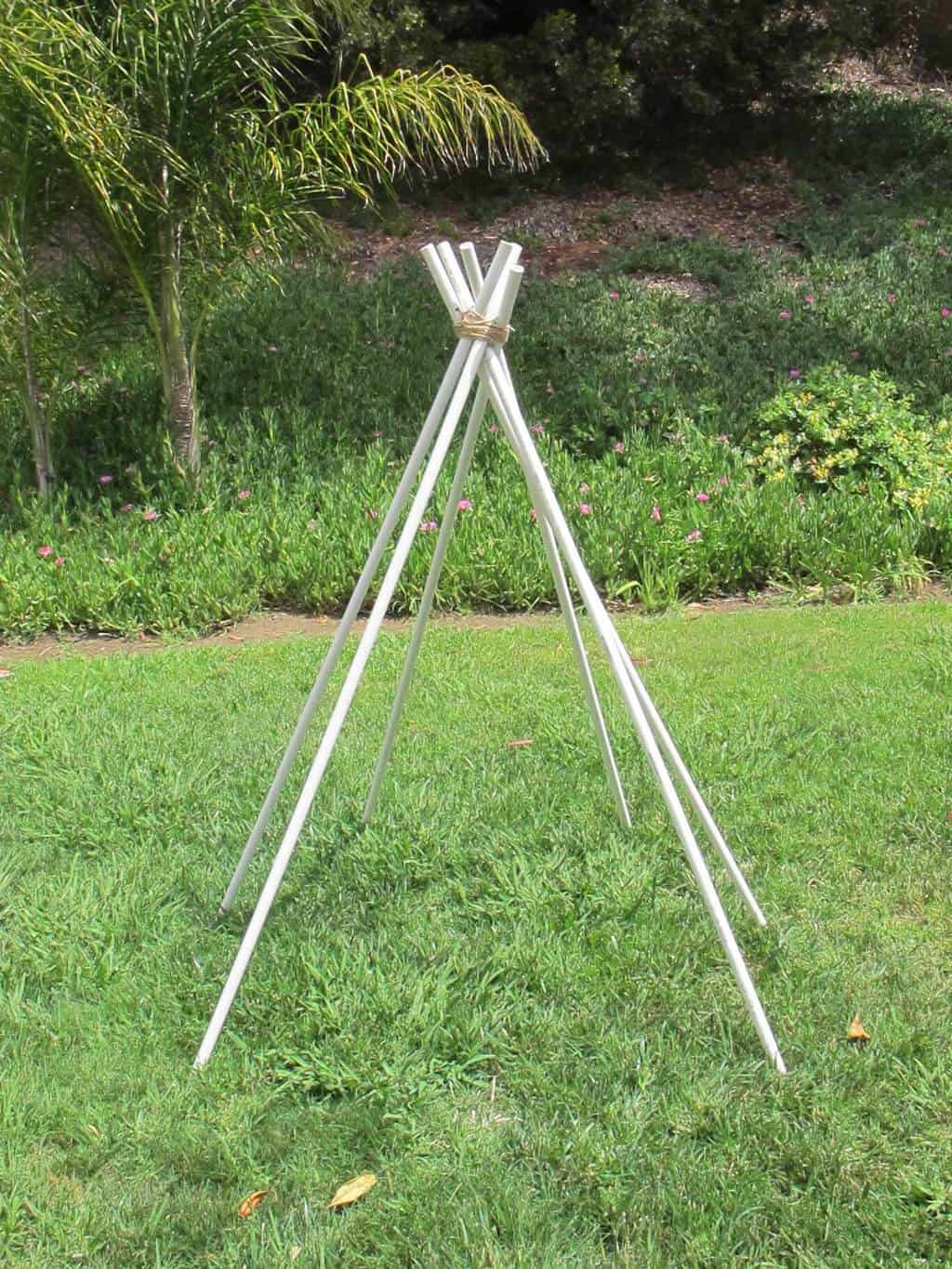 tie pvc pipe for teepee