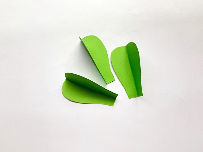 paper cacti pieces