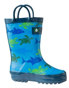 Boys Shark and Turtle Rain Boots For Kids. 15+ Rain Boots for Kids. Spring rain boots for kids. Bright colored rain boots for kids. www.madewithhappy.com