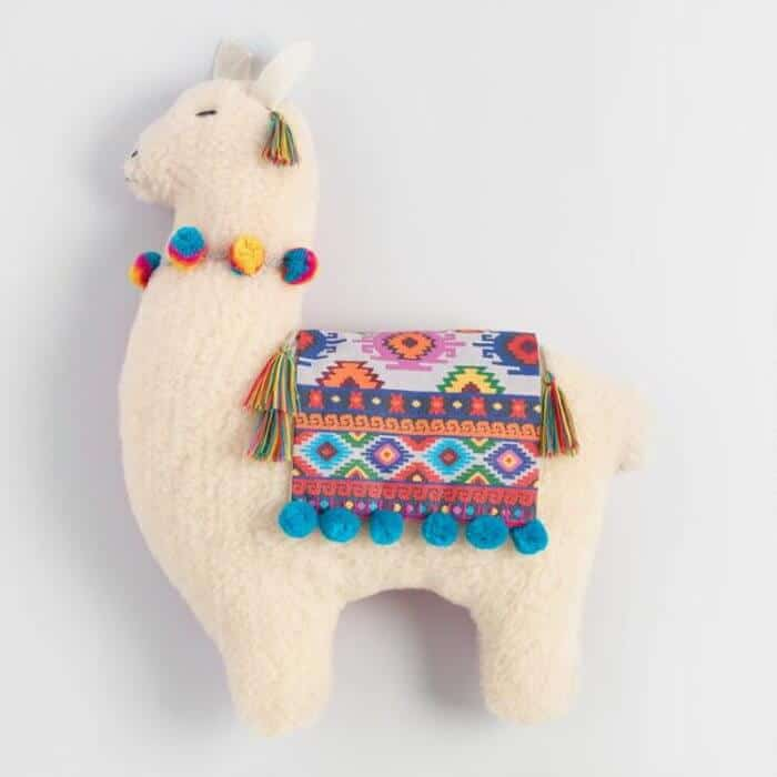 7 fun ways to decorate with llamas