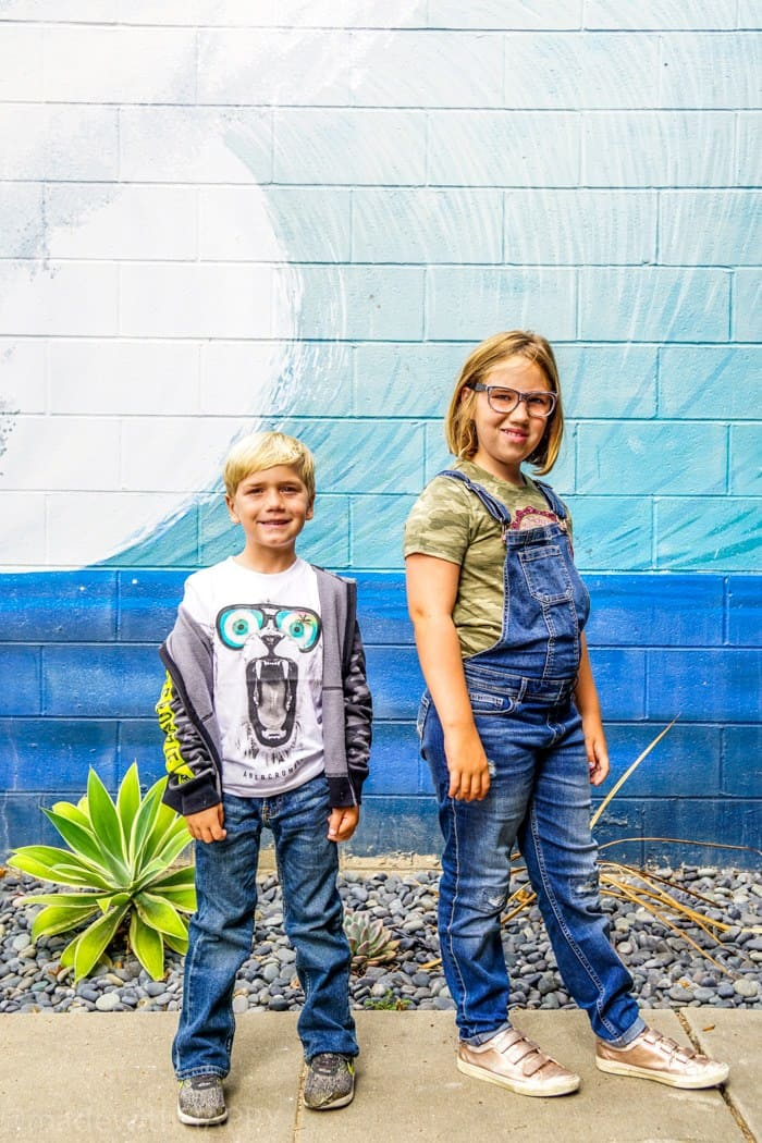 Looking for affordable and trendy back to school fashion, then look no further. We're sharing our HAPPY new favorite back to school fashion brand Abercrombie Kids. Back to school clothes for kids.