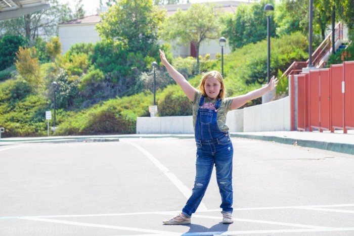 Active kids clothing for back to school. Looking for affordable and trendy back to school fashion, then look no further. We're sharing our HAPPY new favorite back to school fashion brand Abercrombie Kids. Back to school clothes for kids.