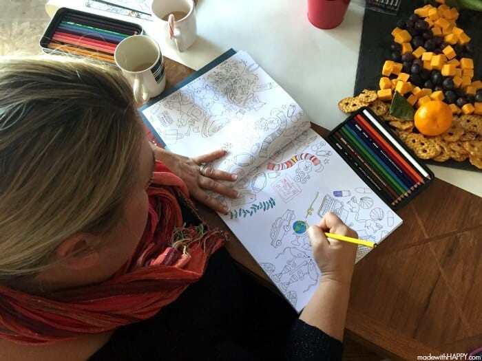 Girl's Coloring Party | Adult Coloring | Colored Pencils | Adult coloring with Prismacolor is a huge trend right now and the perfect outlet for moms to relax, de-stress and re-energize during the often-stressful holiday season | Prismacolor4Me AD