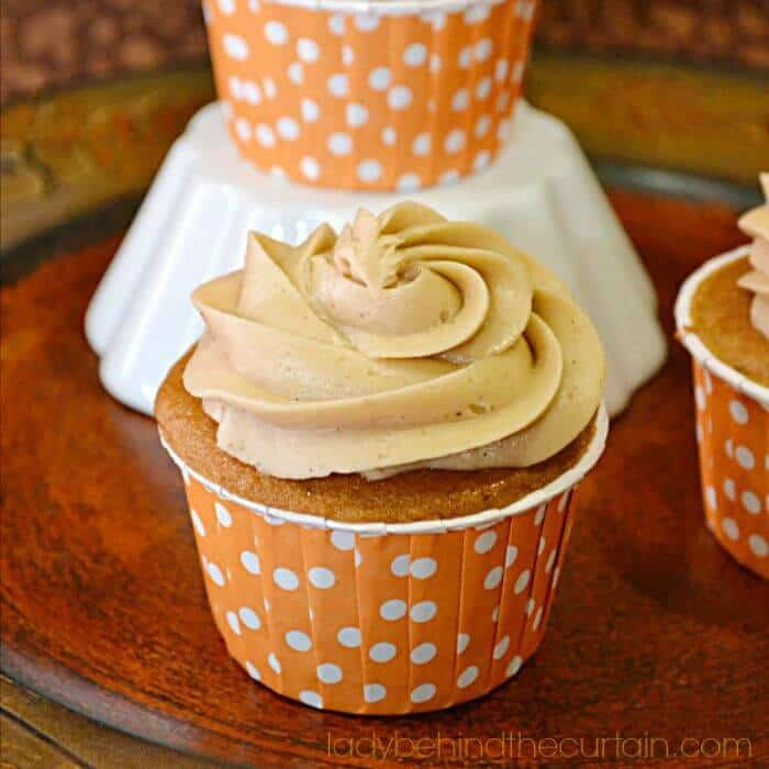 Fall Inspired Cupcakes   Apple Cupcakes, Pumpkin Cupcakes and more   www.madewithHAPPY.com