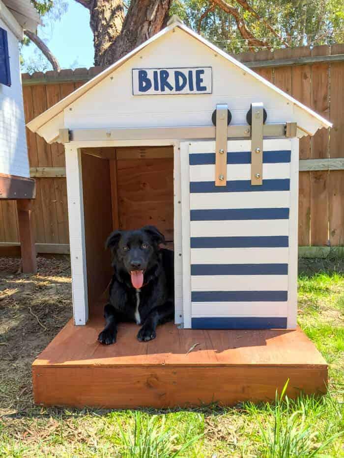 DIY Dog House | Barn Door Dog House | Farm style dog house | Beach house dog house | @nationalhrdware www.madewithhappy.com