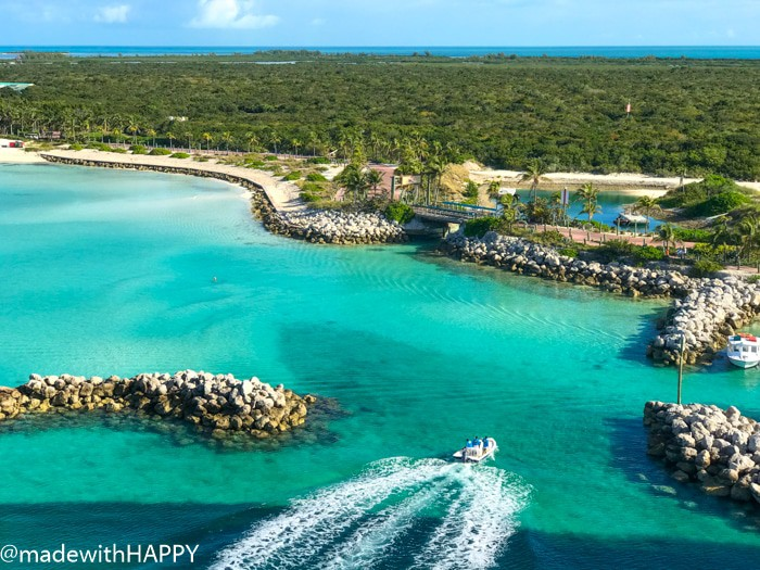 Castaway Cay. What is really like on a Disney WDW Cruise. Answering questions about Disney Cruise and the Disney Dream. What to expect on a Disney Cruise. The Disney Cruise as a family of four!