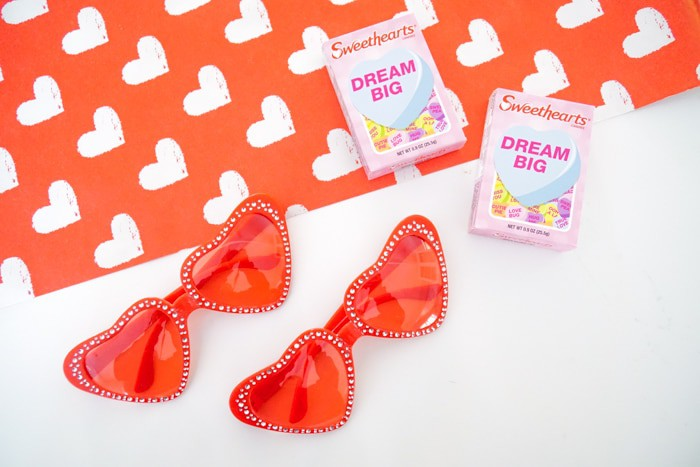Sweetheart Glasses. Conversation Heart Glasses. Valentines Crafts with Kids. Kids Valentines Crafts. Heart Shaped Glasses Pink. Heart Shaped Glasses Red. Red Heart Shaped Glasses. Valentines Clothing.