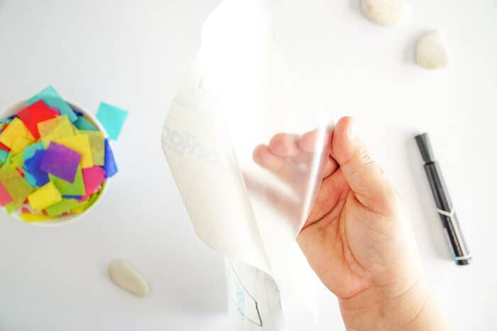 Simple Kids Easter Craft using contact paper.