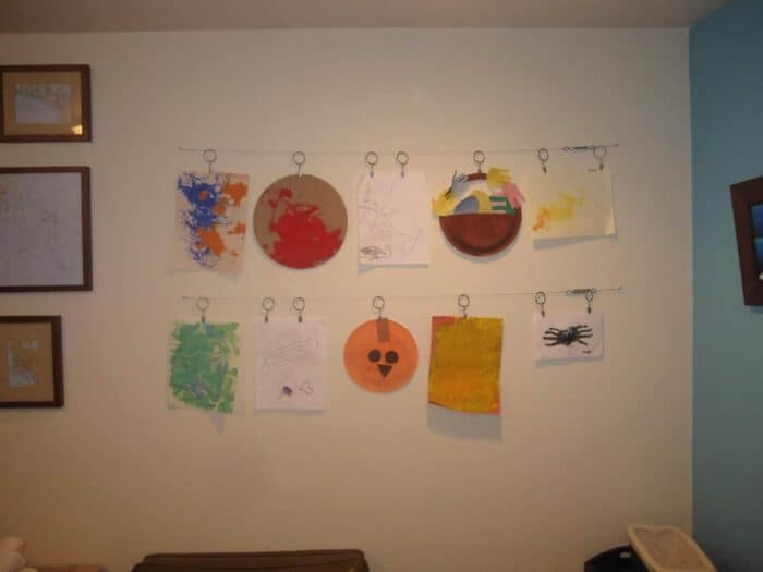 DIY Art Display. Simple Modern Art Display for children's art. Ideas for displaying kids art projects. DIY Projects for kids art!