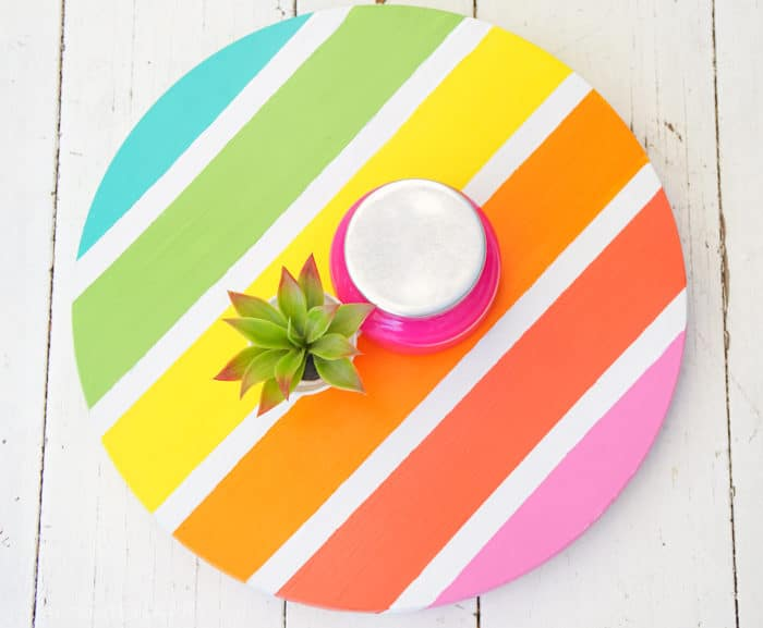Bright Colorful Home Decor. How to Make a Lazy Susan. DIY Home Decor with Rainbow Colors. Paint projects for the home. Rainbow accents around the house. DIY Home Decor with this lazy susan