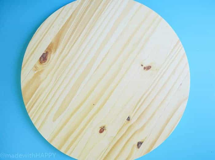 Panel Round Board. How to Make a Lazy Susan. DIY Home Decor with Rainbow Colors. Paint projects for the home. Rainbow accents around the house. DIY Home Decor with this lazy susan