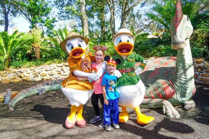 Animal Kingdom Meet and greet. Ultimate guide to plan a disney world vacation. Tips and tricks to planning a family vacation to disney world. Disney world parks, hotels, flights and so much more!