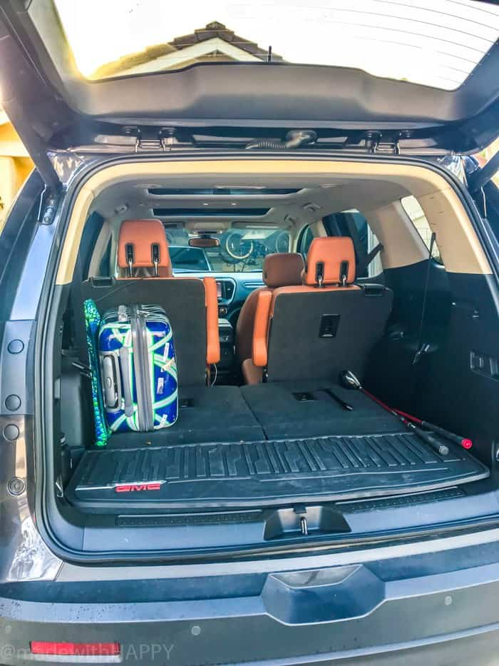 Lots of truck space in the #GMCAcadia Fun things to do in Phoenix Arizona. Phoenix Arizona Attractions. Spring Break Road Trip from San Diego to Phoenix. Fun Stops from California to Arizona.