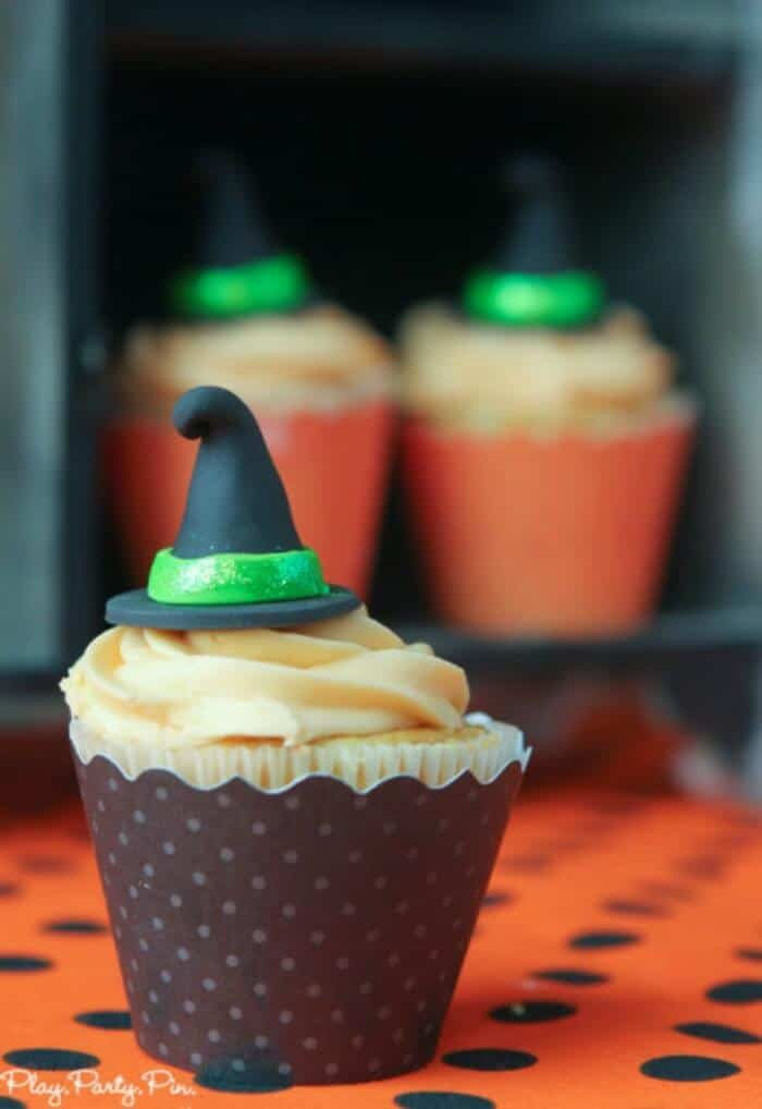 Halloween-party-cupcake-single-vertical