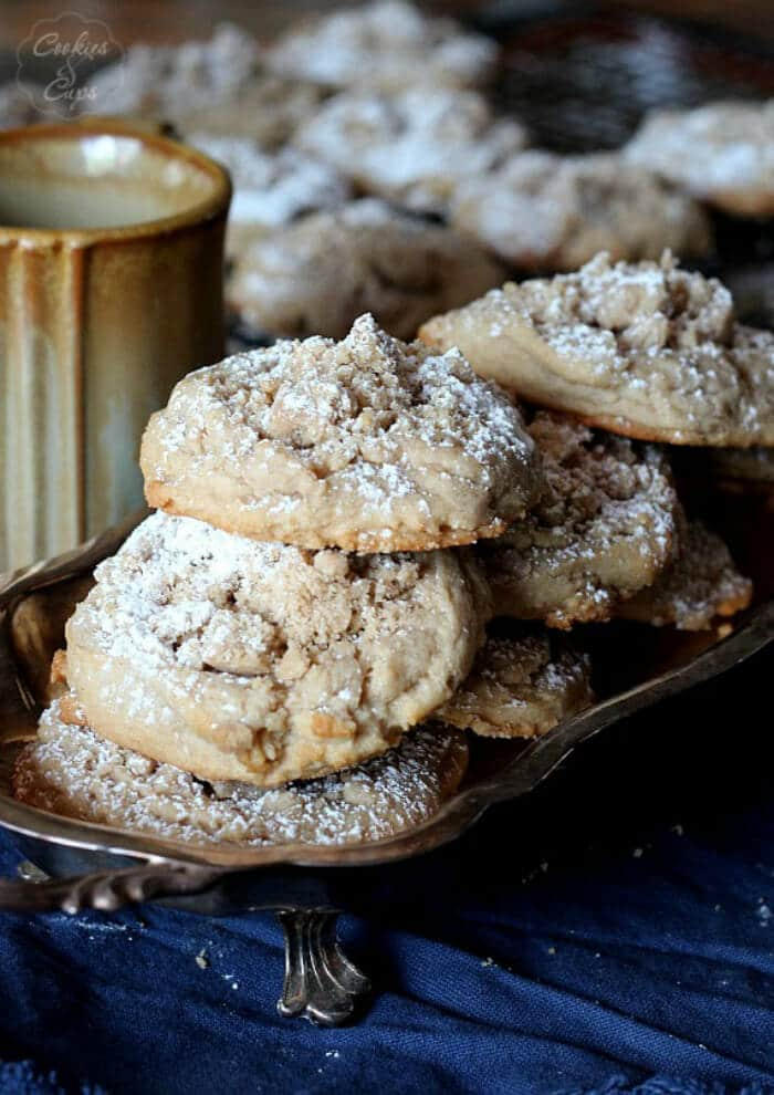 Coffee Cake Cookies | 20+ Holiday Cookies | Christmas Cookie Recipes | www.madewithHAPPY.com
