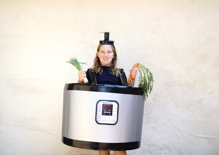 Easy to make kids costumes. DIY Instant Pot Costume. Easy DIY Costumes for Halloween. Halloween Costume Ideas DIY. Do it yourself Halloween Costumes just in time for your costume party.