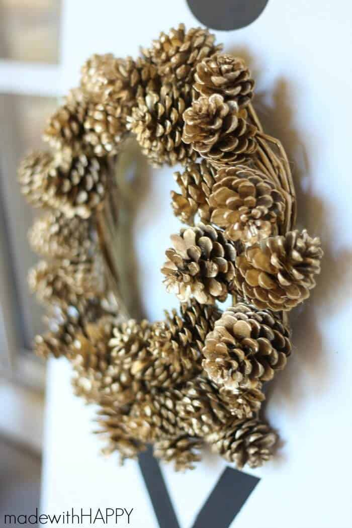 Joy-wreath-sign-4