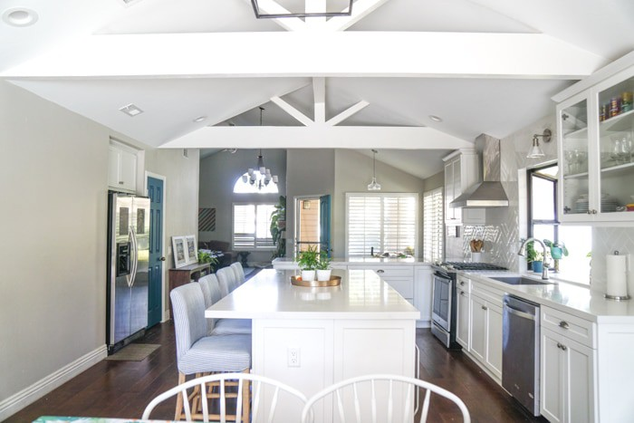 Kitchen renovation. Classic White Kitchen, Modern Farmhouse Style Kitchen. All White Kitchen. Open Floor Plan.