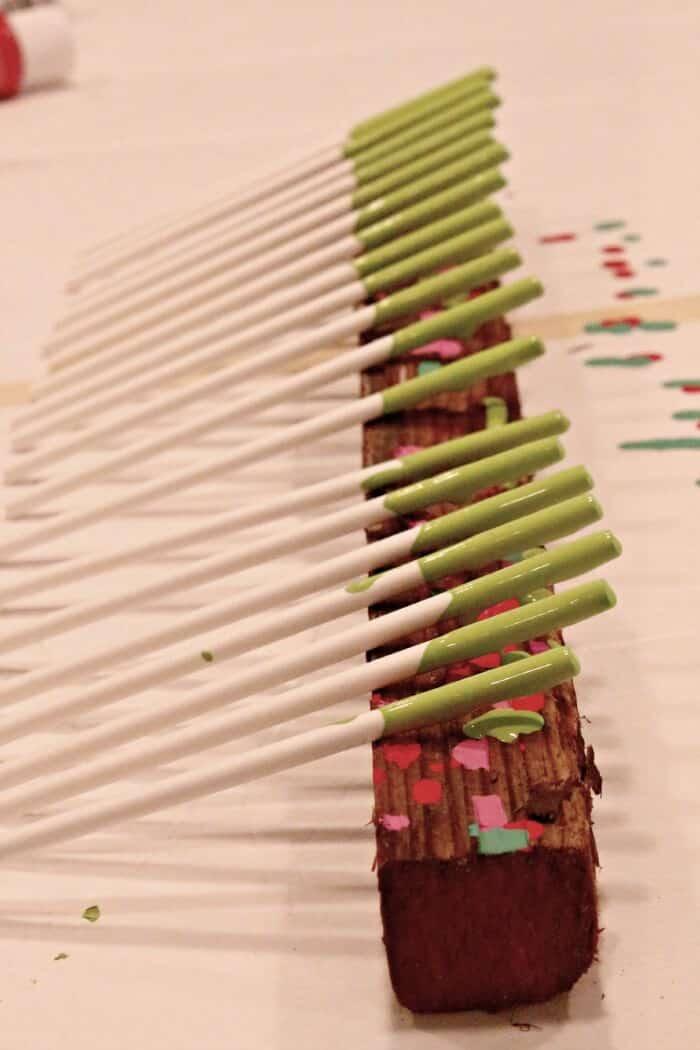 Lollipop-Stick-Wreath-5