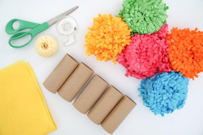 Supplies to make a mini pinata