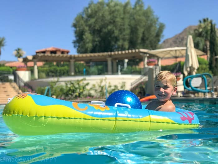 Family Friendly Pools. Looking for the fun Indian Wells resort for the family? Check out the Miramonte Resort & Spa located at the base of the Santa Rosa Mountains just minutes away from a ton of things to do in Palm Desert. Visiting Indian Wells Resort during the Summer. Fun Family friendly hotels in Palm Desert