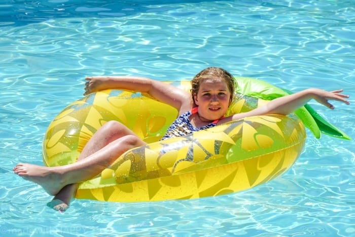 Pineapple Pool Floatie. Looking for the fun Indian Wells resort for the family? Check out the Miramonte Resort & Spa located at the base of the Santa Rosa Mountains just minutes away from a ton of things to do in Palm Desert. Visiting Indian Wells Resort during the Summer. Fun Family friendly hotels in Palm Desert