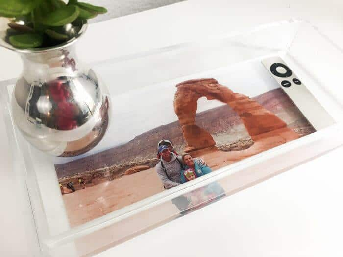 Modern DIY Photo Tray | Personalized Photo Gifts | Modern Acrylic Tray | Photoshop Elements | www.madewithhappy.com