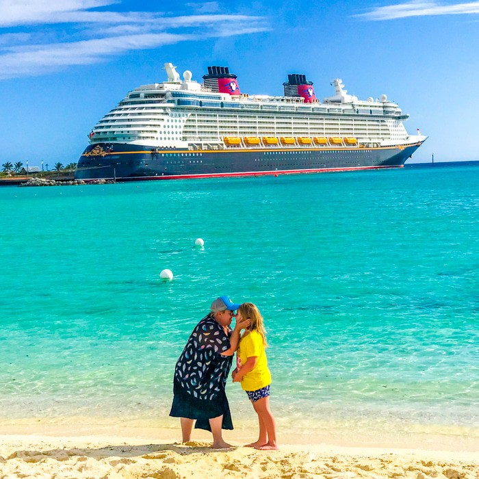Disney Cruise Line Castaway Cay. What is really like on a Disney WDW Cruise. Answering questions about Disney Cruise and the Disney Dream. What to expect on a Disney Cruise. The Disney Cruise as a family of four!
