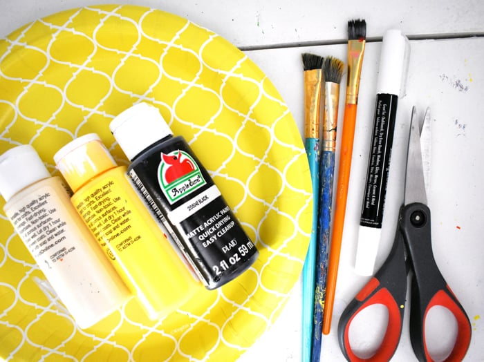supplies for a paper plate craft