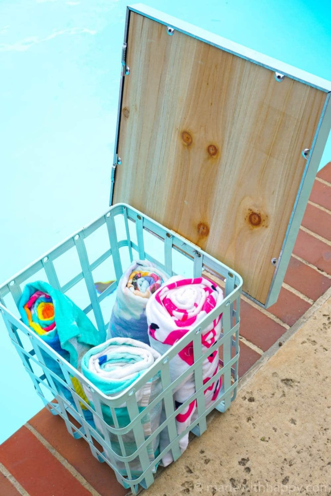 DIY Outdoor Storage Table | Pool Side Table | Pool Storage DIY | Bright Colored Backyard Furniture | www.madewithhappy.com