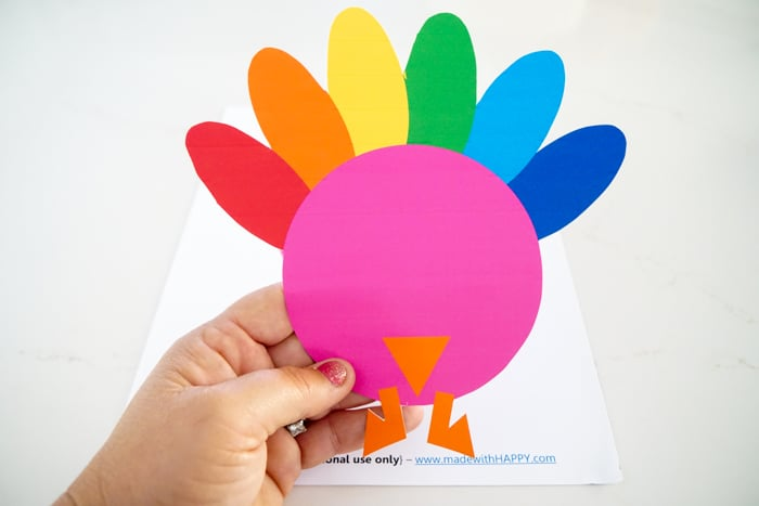 Free Printable Turkeys.photo turkey craft. Kids Thanksgiving crafts. Thanksgiving crafts fro preschoolers. Thanksgiving crafts with photos. Keeping your kids busy over Thanksgiving.
