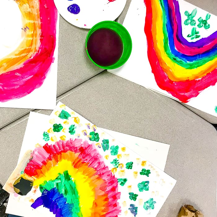 How to paint a four leaf clover. St. Patrick's Day Rainbow Art Project. Looking for St. Patricks Day Art for 1st Graders, then we have the perfect project.