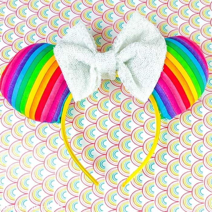 Rainbow Minnie Ears. What is really like on a Disney WDW Cruise. Answering questions about Disney Cruise and the Disney Dream. What to expect on a Disney Cruise. The Disney Cruise as a family of four!