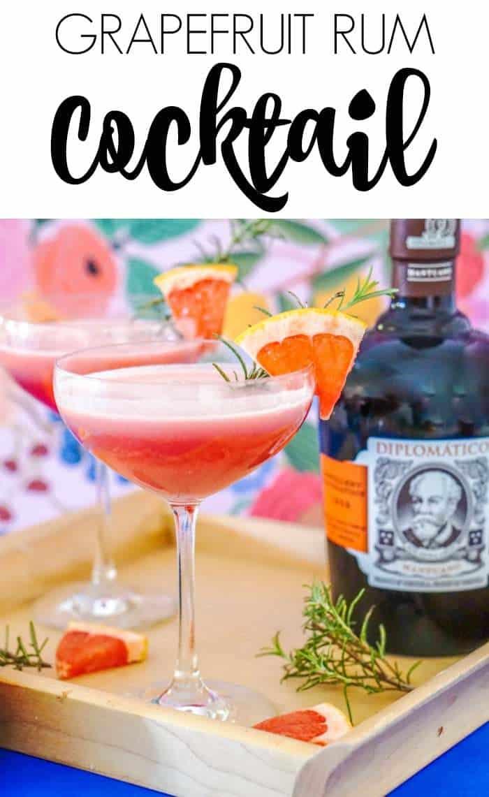Rum Grapefruit Cocktail. Pink Cocktail Ideas, Grapefruit cocktail recipes. Rum cocktails for entertaining.
