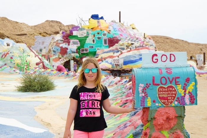 Salvation Mountain. Fun things to do in Phoenix Arizona. Phoenix Arizona Attractions. Spring Break Road Trip from San Diego to Phoenix. Fun Stops from California to Arizona.