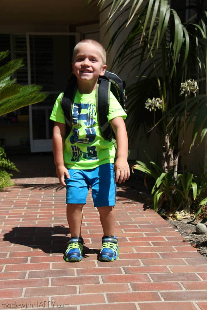 Back to School Kids Shoes | Boys Shoes | Light up shoes for boys | Stride Rite Shoes | Zappos Shoes | www.madewithhappy.com