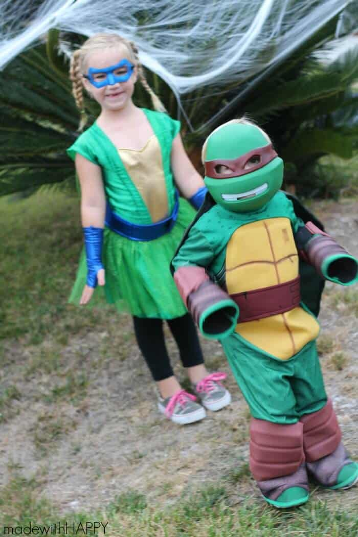 Teenage Mutant Ninja Turtle Halloween Costumes. DIY Teenage Mutant Ninja Turtle Shells | TMNT Birthday Party Decorations | DIY TMNT Costume | www.madewithHAPPY.com
