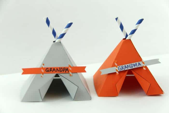 Teepee Name Place Cards | Free printable teepees | Thanksgiving Table decor | www.madewithHAPPY.com