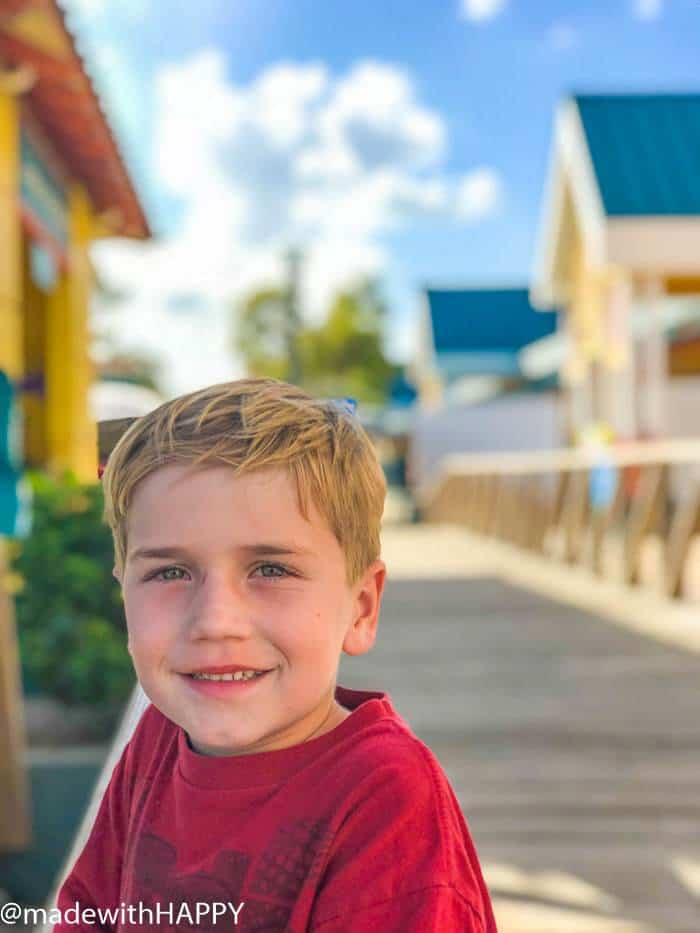 Fun in the sun in Nassau. What is really like on a Disney WDW Cruise. Answering questions about Disney Cruise and the Disney Dream. What to expect on a Disney Cruise. The Disney Cruise as a family of four!
