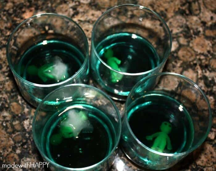 alien-invasion-cocktails