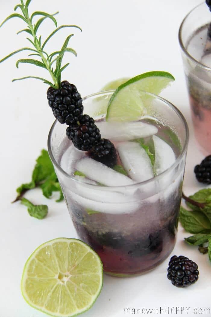 Blackberry Mojito Cocktail | Blackberry Drinks | Blackberry Cocktail | www.madewithHAPPY.com | Happy Hour