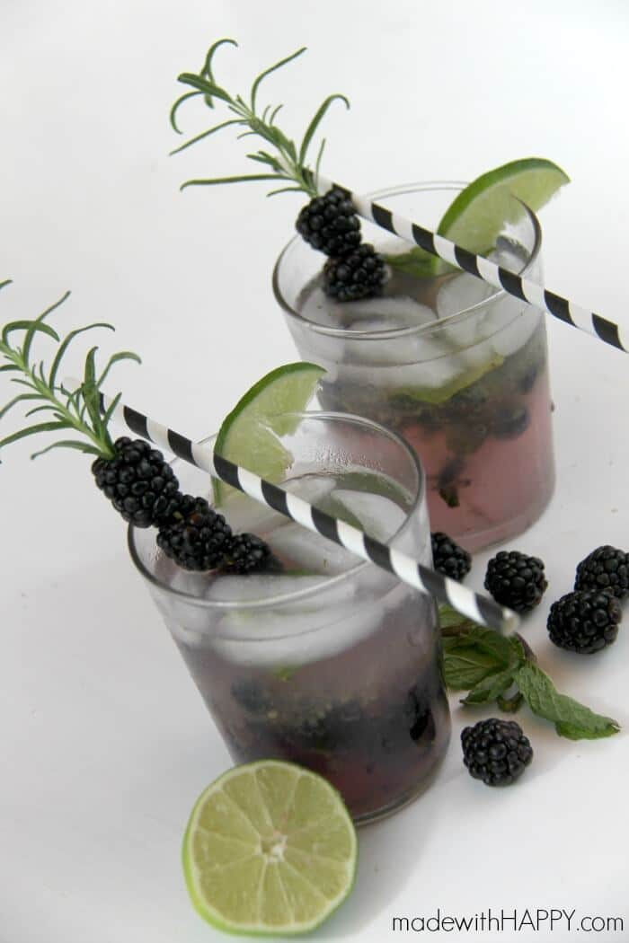 Blackberry Mojito Cocktail | Blackberry Drinks | Blackberry Cocktail | www.madewithHAPPY.com | Happy Hour