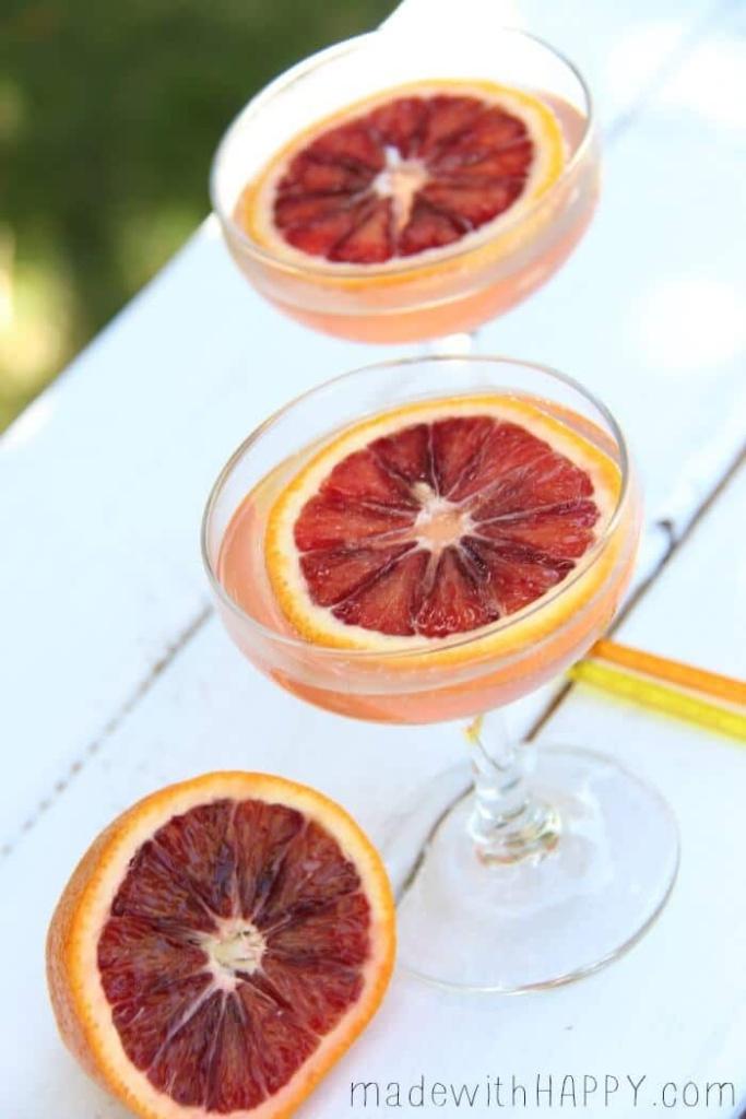 Blood Orange Champagne Cocktail | Blood Orange Drinks | Mocktail version included | www.madewithHAPPY.com