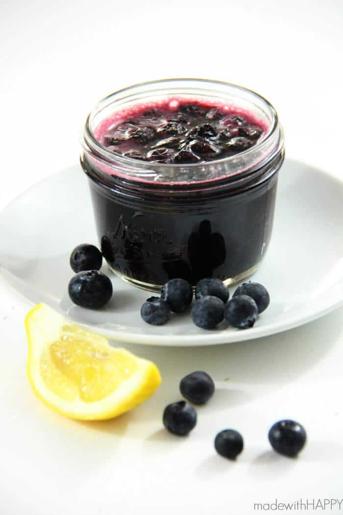 Blueberry Compote | Blueberry Appetizers | Inside Out Dinner Party - Baked Blueberry Brie - www.madewithHAPPY.com