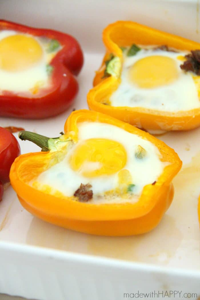 Breakfast Stuffed Peppers   Sausage Stuffed Pepper   Brunch Ideas   Sausage, Egg and Cheese in a Bellpepper   www.madewithhappy.com