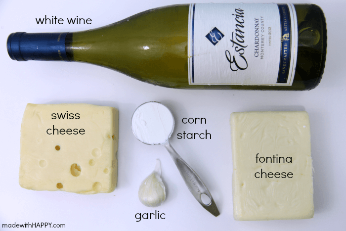 Making Fondue | Tips for Weekday Entertaining | Cheese Fondue Recipe | Fondue Wine Pairings | www.madewithhappy.com