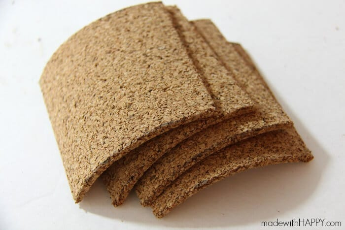 How to make cork coasters | DIY Cork Coasters | Cork Gifts | Fun with Cork | www.madewithHAPPY.com