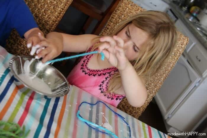dipping-yarn-glue