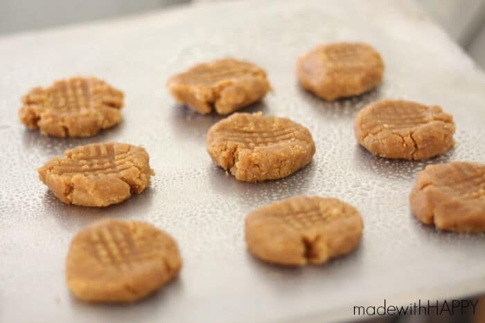 easy-peanutbutter-cookie