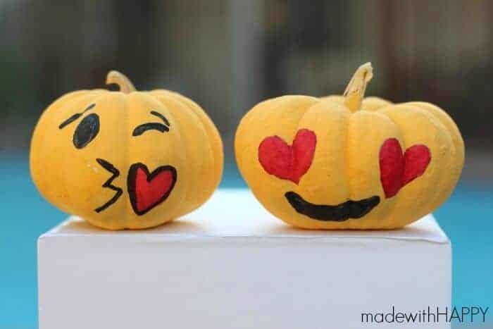 emoji-pumpkins